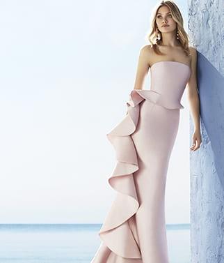 vestito con gonna ondulata rosa marfil