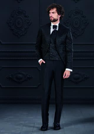 abito damascato nero con gilet doppiopetto giuseppe rocchini
