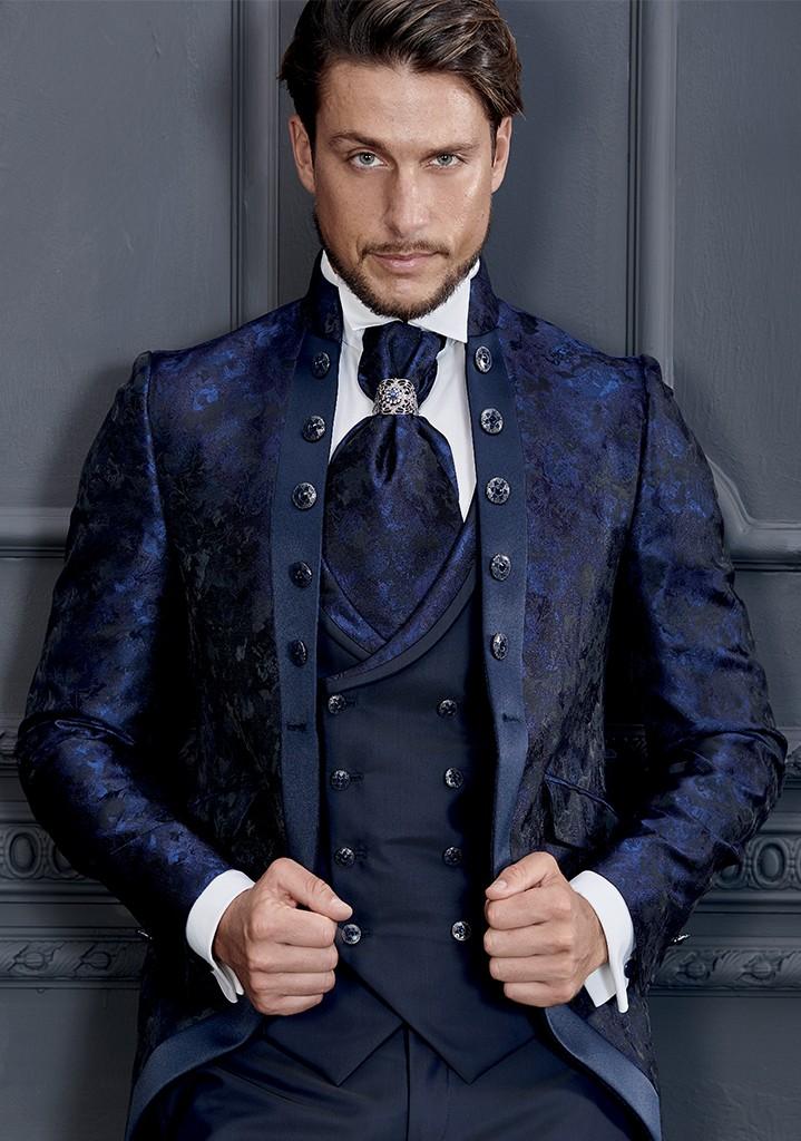 abito damascato blu con bottoni rocchini